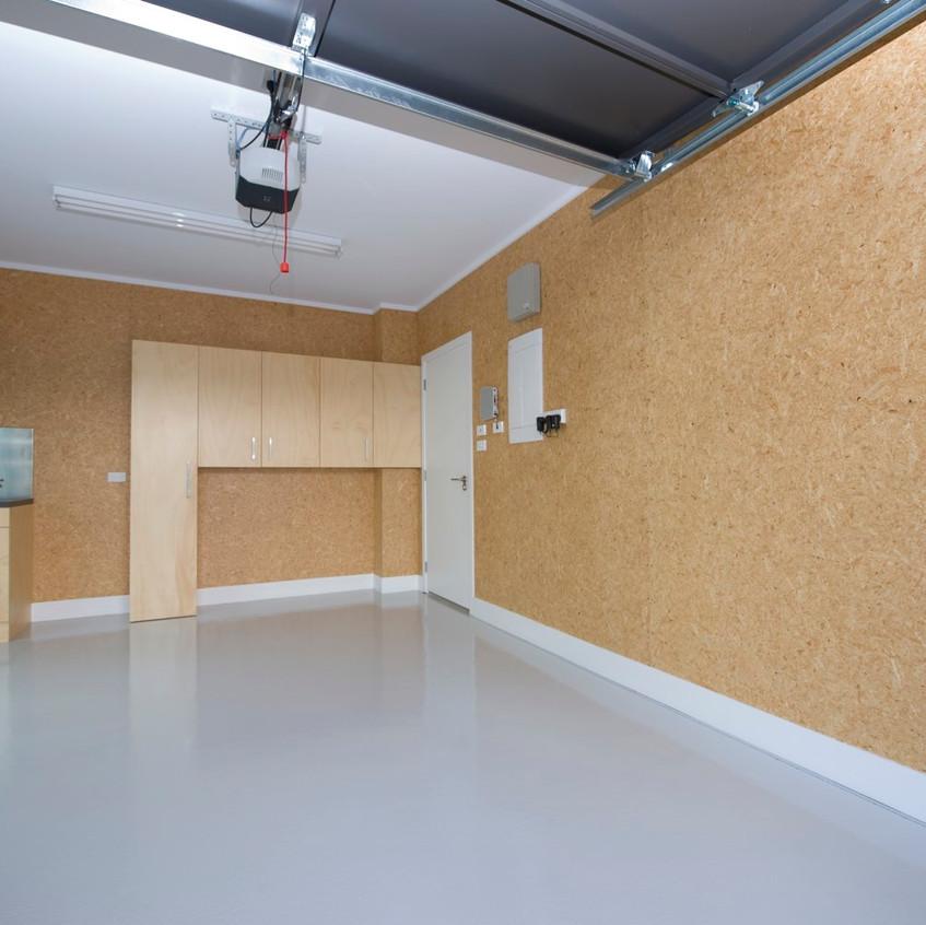 Parnell new home garage