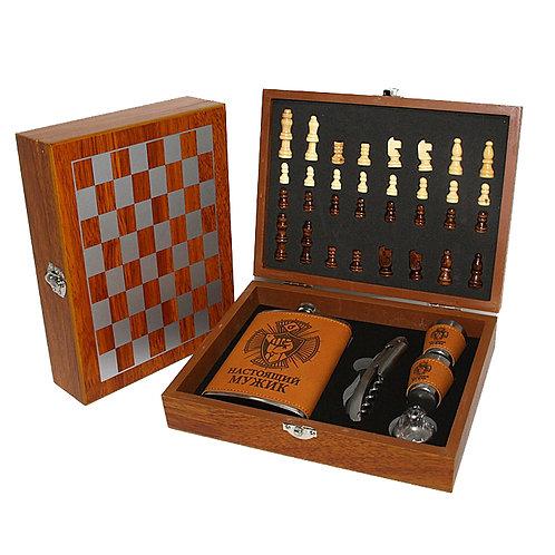 Подарочный набор фляжка и шахматы