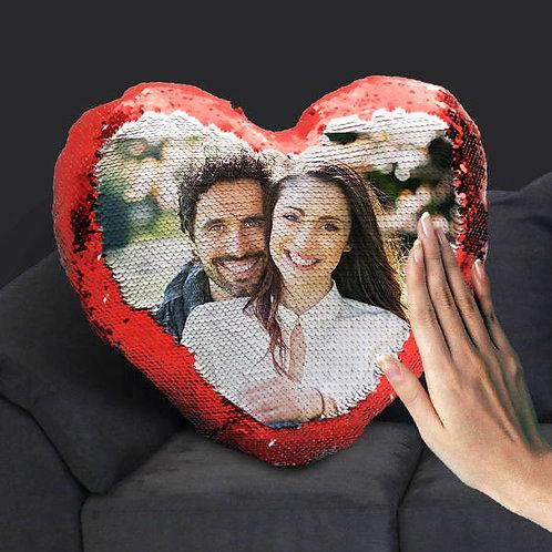 Подушка в форме сердце с фото