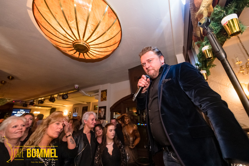 CafeBommel_Live_PreOudenNieuwparty_19122