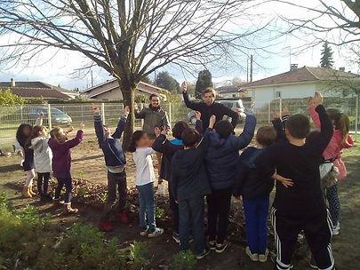 Création d'un jardin potager en école pr