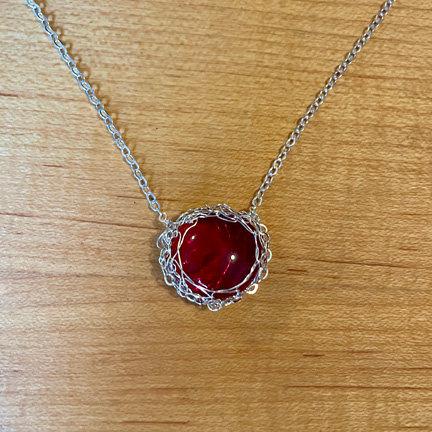 Unique chain red pendant necklace