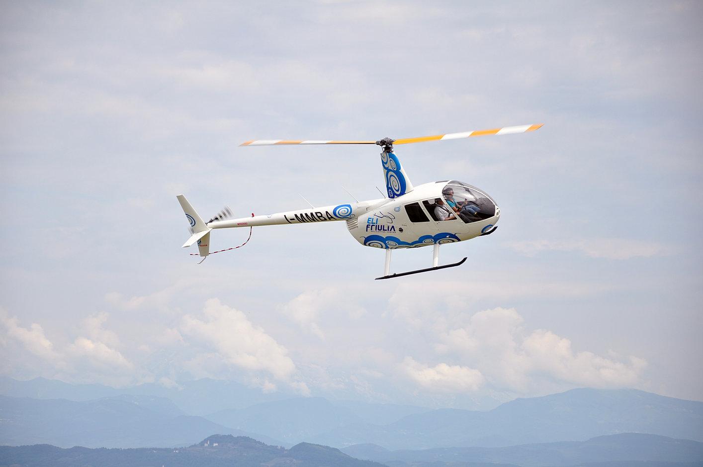 Elicottero Monte Bianco : Gmh helicopter services courmayeur scuola di volo