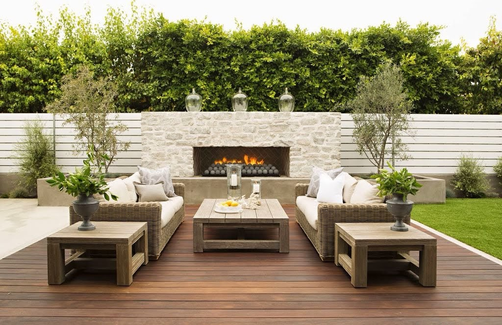 contemporary-deck-with-fireplace-and-fence-i_g-ISdwhr2ye43qqa1000000000-aso2N