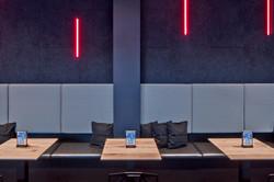 klein BOFOR Design e-tron Bar_© R