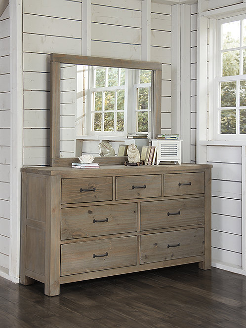 Highlands Dresser