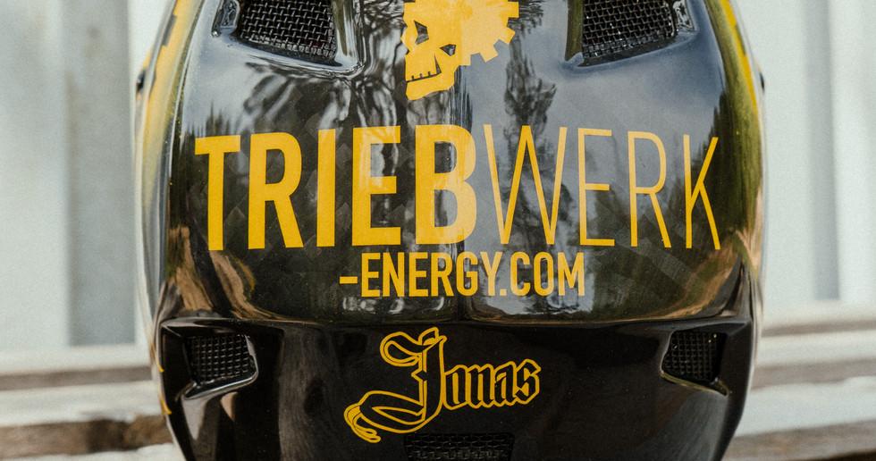 JONAS x TRIEBWERK