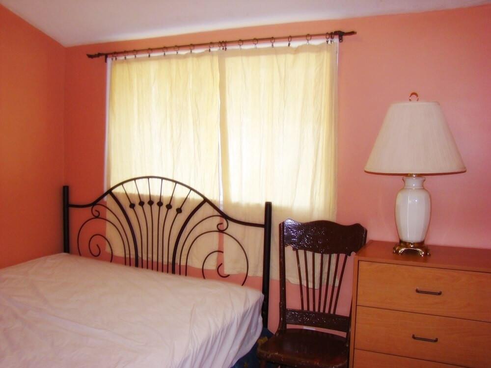 Cottage 3 Bedroom 2