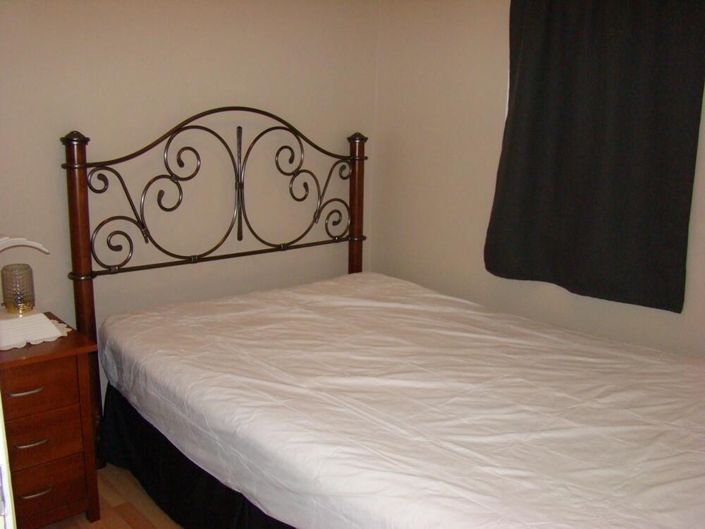 Cottage 5 Bedroom 2