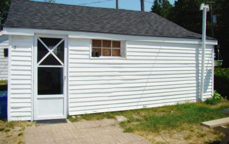 Cottage 1 - outside.jpg