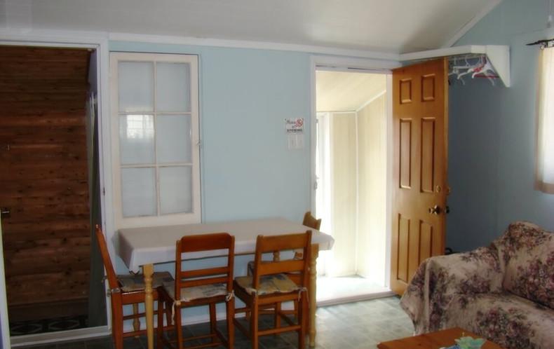 Cottage 1 Kitchen/living room