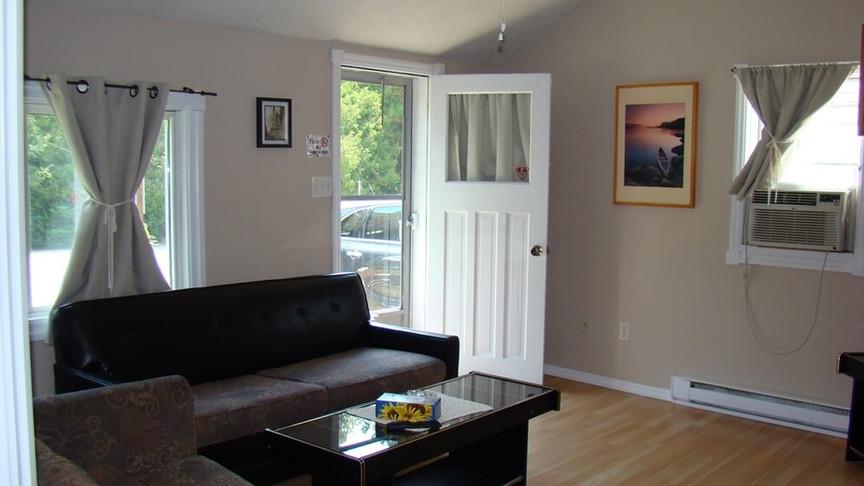 Cottage 5 Living Room