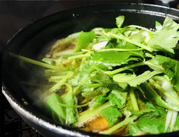 葱ま鍋(極上本マグロ大トロ使用)