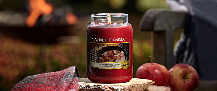 crisp-campfire-apples-yankee-candle-head