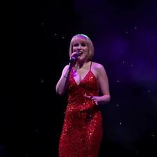 ELAINE GRAY SINGER SCOTLAND