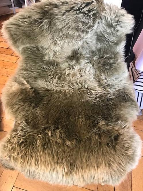 Lammfell - grau gefärbt