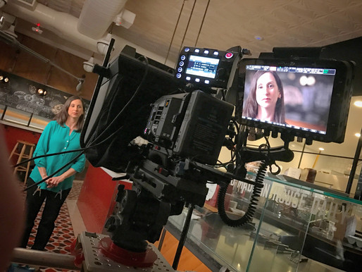 How To Look Natural Using A Teleprompter - 3 Things You Need To Know