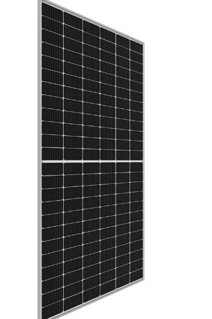 3,6 kWp, 8 paneelia asennettuna