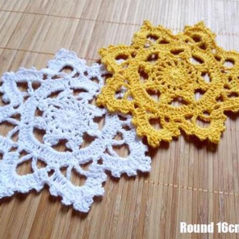 Vintage cotton table place mat pad Cloth lace crochet placemat cup mug Christmas