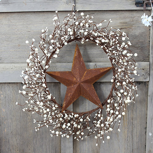 "18"" Ivory Pip Berry Wreath with Tag and Rusty Stars for Home Decoration Door"