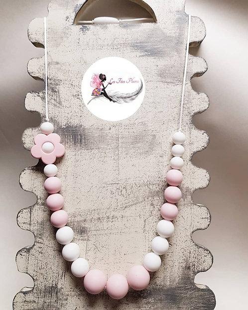 Collier d'allaitement/biberonnage/portage Rose/Blanc avec fleur
