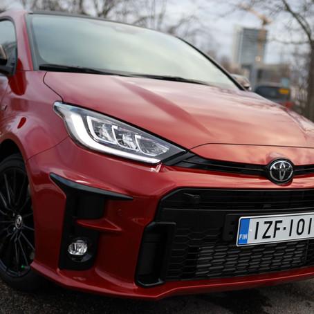 Koeajo: iso hyppysellinen ralliauton DNA:ta: Toyota GR Yaris