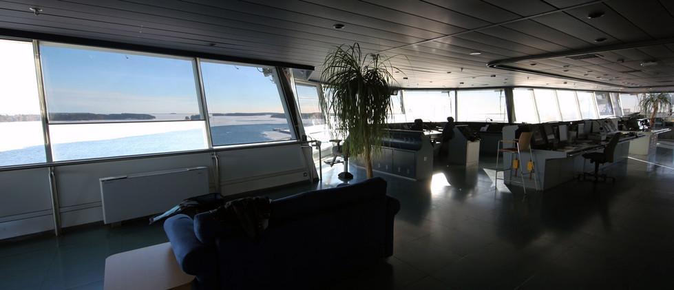 Eeria-Oy-ALUX-kalvoverho-aluksen-komento