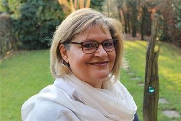 Stephanie Derksen