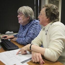 volunteers-web_edited.jpg