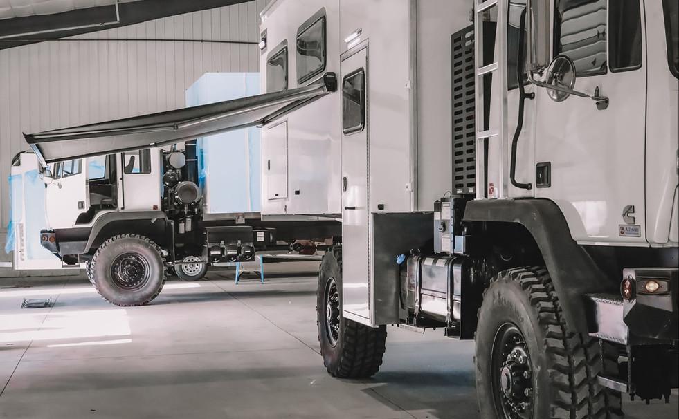 46_Rover Truck (1).jpg