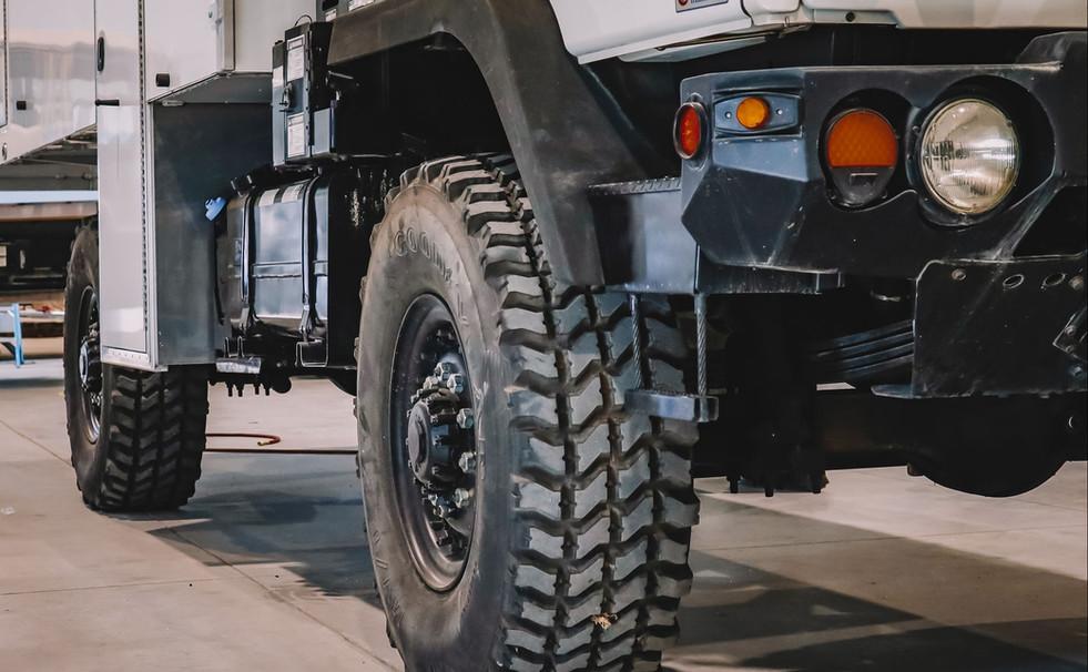 33_Rover Truck.jpg