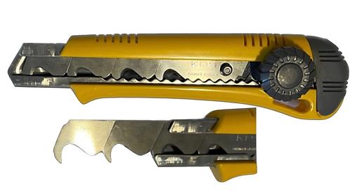 CUTTER DA 18MM HK-11
