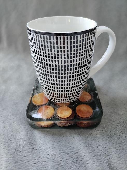 Untersetzer Scheibchen mit Tasse.jpg