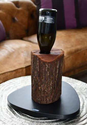 Weinständer aus Holz/Baumstamm