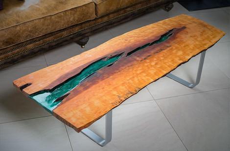 Tisch/Couchtisch/Massivholz Birne