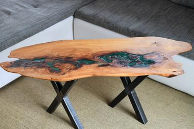 Tisch/Couchtisch/Massivholz Ulme