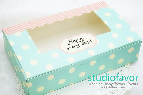 Long Sweet Dotted Cake/ Brownie Box
