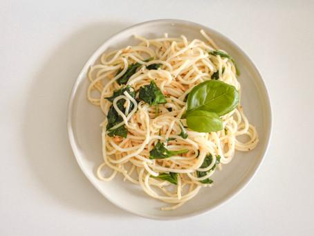Simple Garlic & Basil Pasta