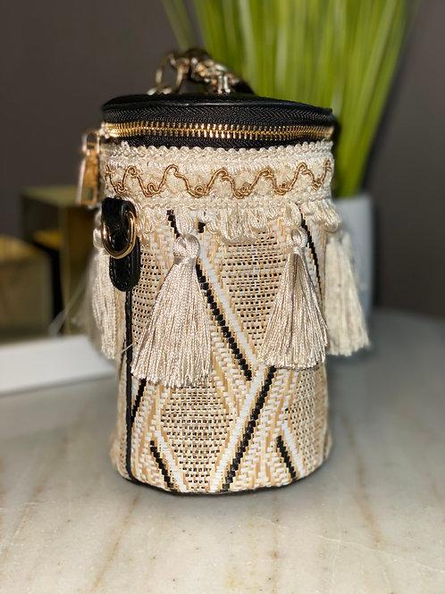 Fringe the Bucket Handbag (black)