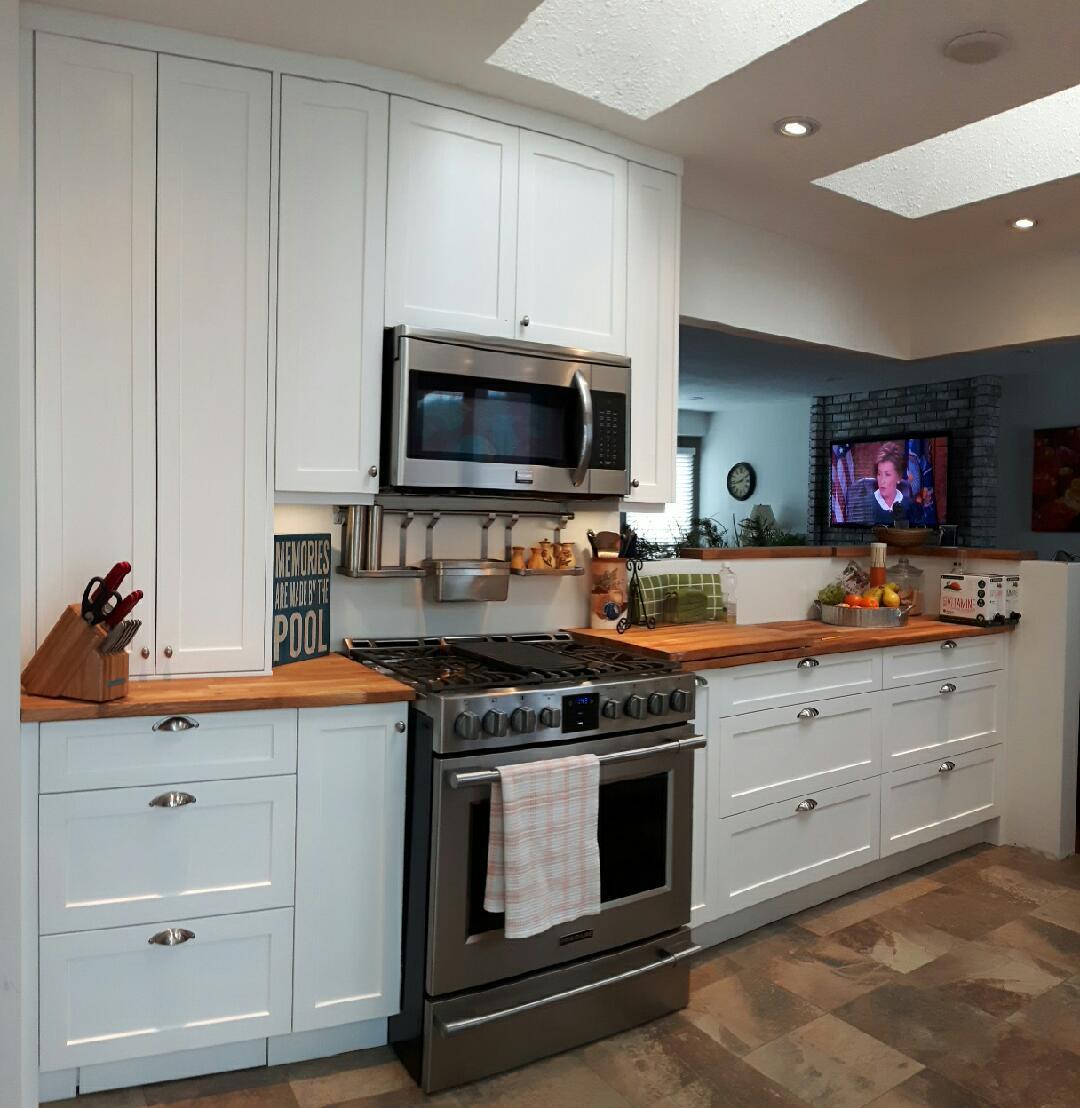 Kitchen Cabinets Kelowna