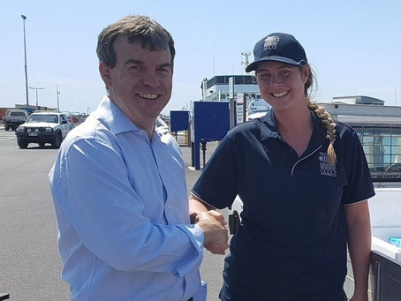 Young aquaculture high achiever wins Premier's Award