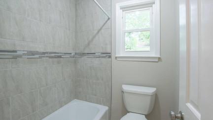 7512 Irongate Dr, Hixon - Guest Shower.j