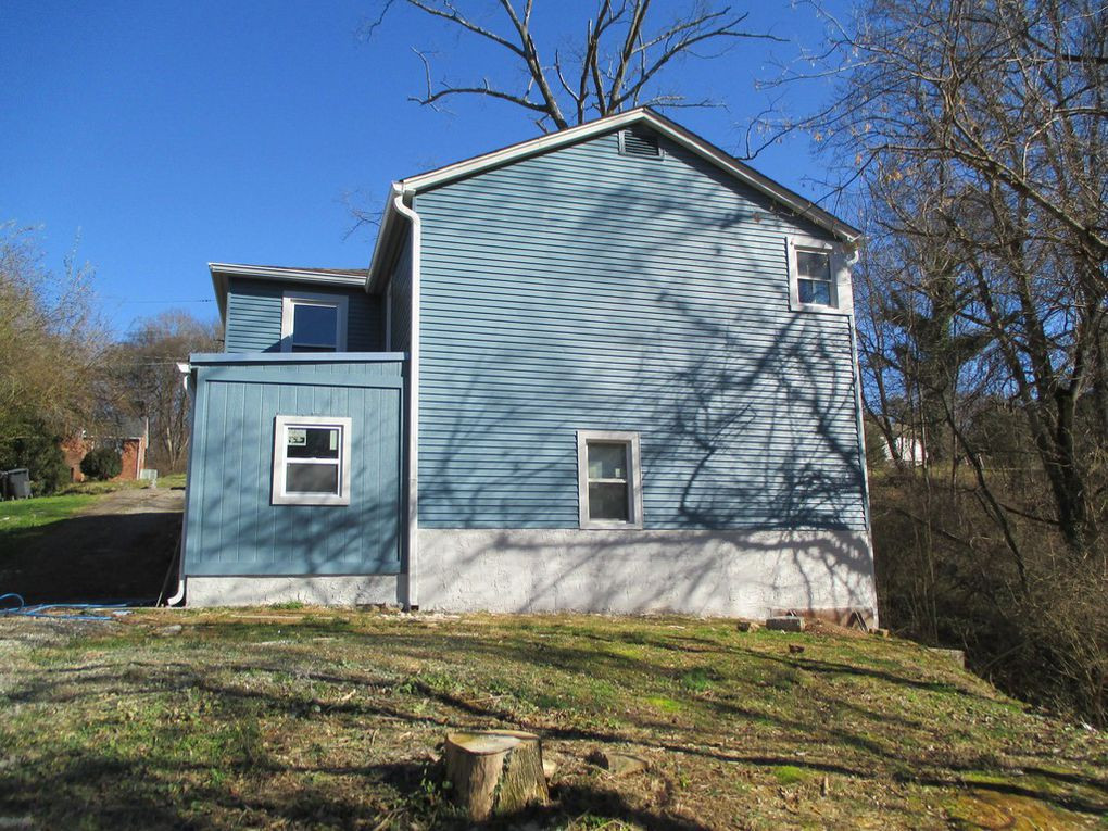 505 Burns Rd - Back