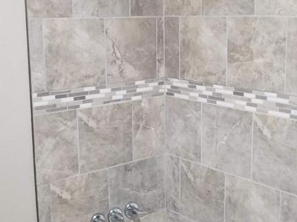 505 Burns Rd - Guest shower