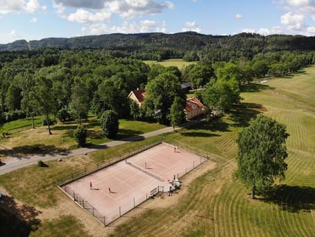 Tenniskurset i juni ble en stor suksess