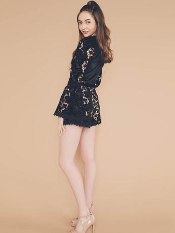 houston-senior-photo-black-dress.jpg