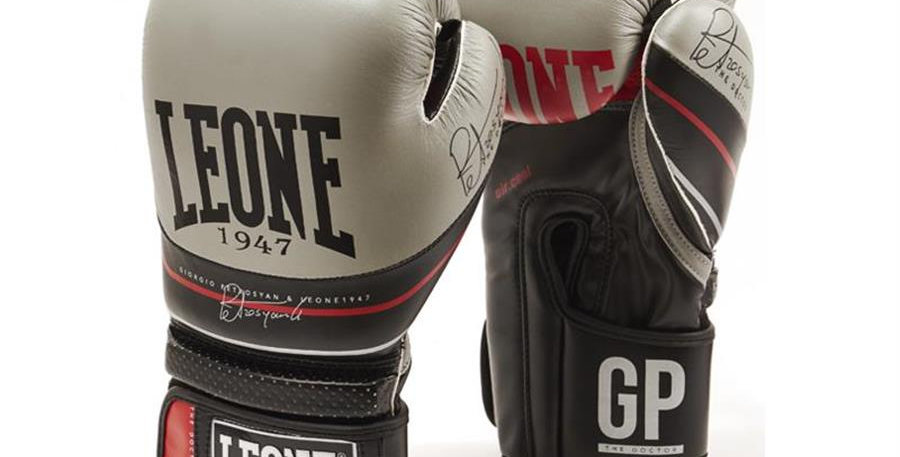 THE DOCTOR BOXING GLOVES GN050