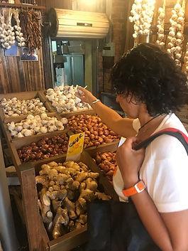 Sth Melb Market garlic.jpg