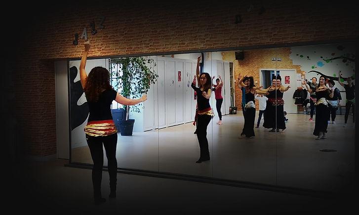 Dyanka cours et spectacles de Danse orientale à Bordeaux