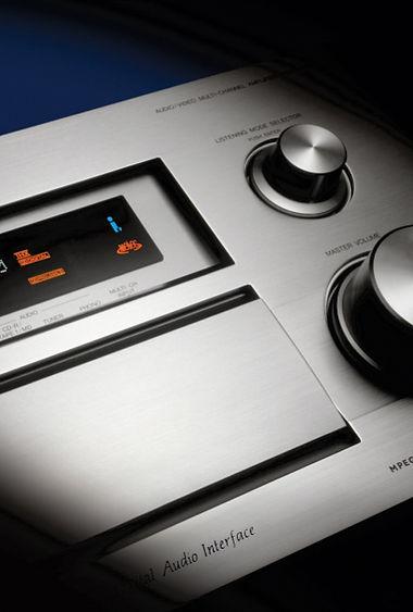 Pioneer_amplifier.jpg